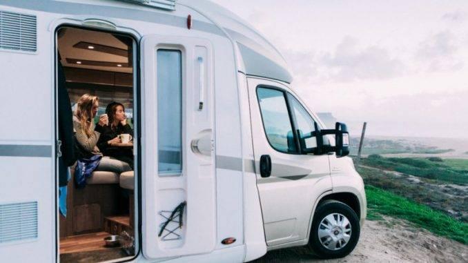 En camping-car au Portugal face à la mer