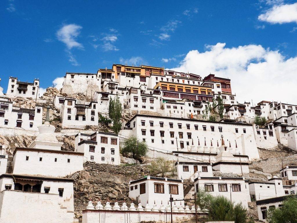 village du Ladakh construit en hauteur