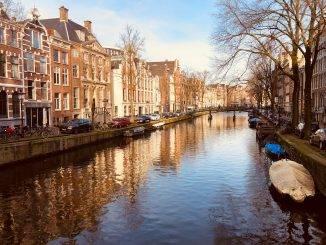 Canal à Amsterdam