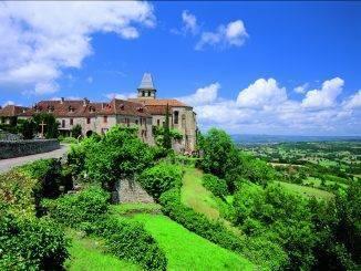 Vue du village de Loubressac