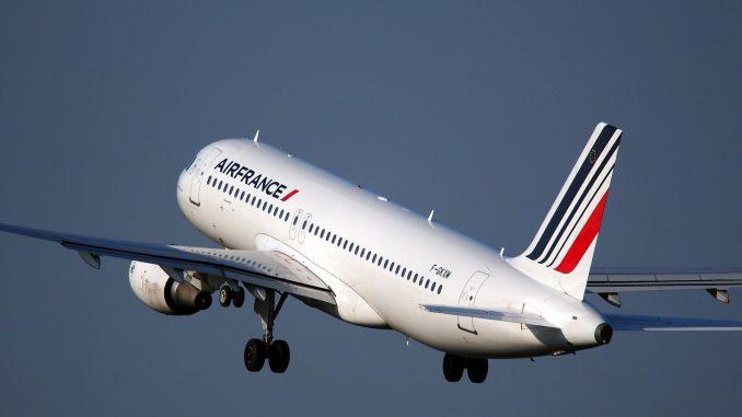 avion Air France qui décolle